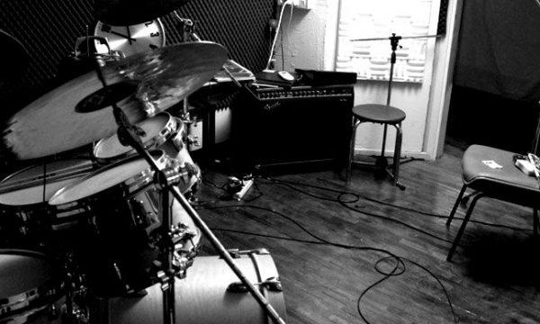 studio041-blackwhite